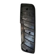 Резиновая накладка для борта устройства смены шин