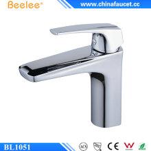 Beelee baño sola manija de bronce lavabo