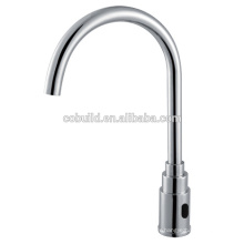 KS-11 nouveau design col de cygne électrique automatique robinet d'eau, laiton massif chromé cuisine évier mélangeur automatique robinet d'eau