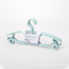 Wholesale Custom 4pcs Multi-purpose Hangers With Wide Shoulders