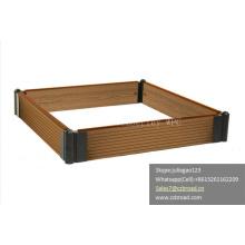 Bricoler Au Jardin Au Rampes / WPC Planter Box