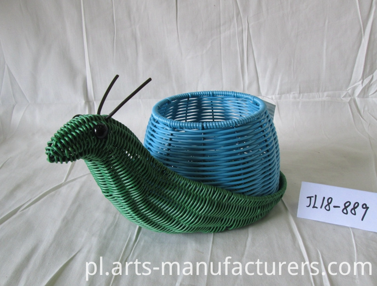 Snail shape basket