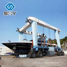 Beweglicher Boots-Aufzug-kleiner und großer Yachts, der Kran anhebt