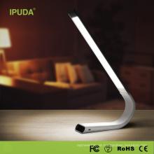 2017 IPUDA Q3 venda Quente mesa dobrável levou luz lâmpada de mesa de estudante