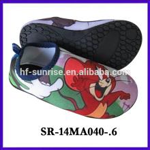 aqua shoes mouse cartoon aqua water shoes new design beach aqua shoes