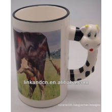 Haonai 11oz lovely cow handle ceramic mugs with your design