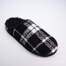 Hot Selling Latest Design Comfort Faux Shearling Flat Heel Plaid Indoor Unisex Slipper