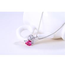 925 стерлингового серебра Алмазная резка Рубиновый хрустальный сердечный кулон