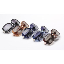 хорошие фирменные женские солнцезащитные очки (T60023)