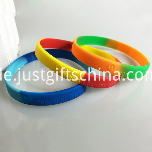 Embossed Segment Adult Silicone Bands - 202mmx12mmx2mm