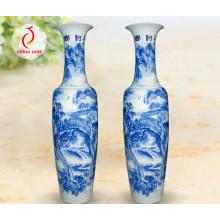 Vaso chinês e chinês antigo da porcelana, vaso azul e branco de China, alto e grande Jingdezhen Vaso azul e branco da porcelana