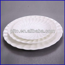 porcelain plate with french design