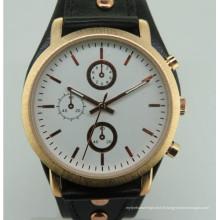 Nouveau mouvement de montre de conception de cadeau de mode de modèle d'homme à vendre