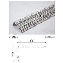 Анодированная серебристая отделка из светлой алюминиевой плитки
