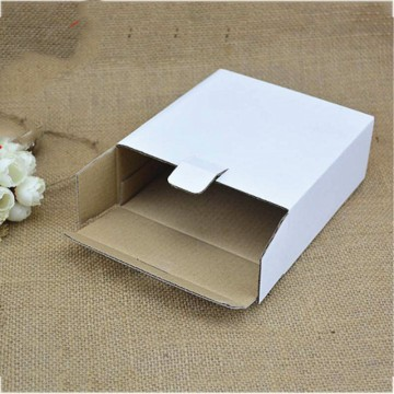 White custom carton shipping box