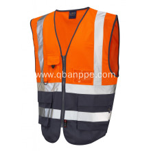 Good quality high visibility reflective vest with pockets