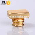 Bouchon de parfum en gros de zamac d'or pour la bouteille en verre ou la bouteille de parfum
