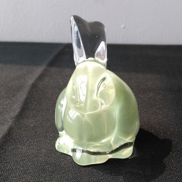 Br 5128rabbit Shape Hand Pressed Glass Home Decoration