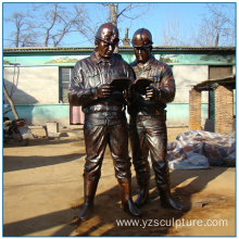 Outdoor Life Size Studing Bronze Worker Statue