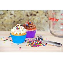 Custom BPA Free Food Grade Colorido Hogar Herramientas de bricolaje Resistente al calor Flexible Antiadherente Soft Baking Silicona Muffin Cups