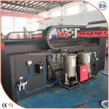 Машина для литья полиуретанового клея на уплотнении воздушного фильтра