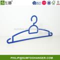 plastic expandable clothes hanger
