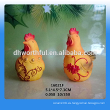 Decoración de calidad superior de pollo de resina de calidad superior