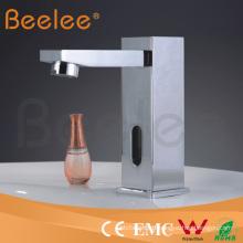 Robinet électrique instantané chaud instantané de robinet d'eau chaude de salle de bains de luxe