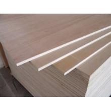 Madera contrachapada lisa decorativa o madera contrachapada de los muebles
