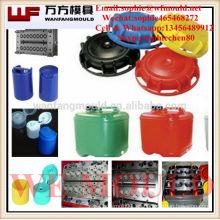 Molde del casquillo de la inyección plástica del corredor caliente de 12 cavidades hecho en China Fabricación del molde del casquillo de los lubricantes de la inyección plástica /