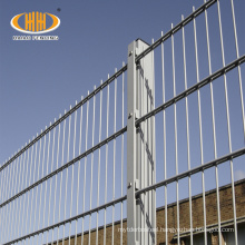 doublel antique wire fence