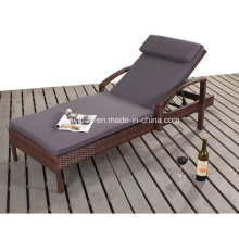Wicker Lounger with Steel Frame 1616
