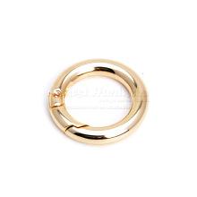 Anneau en or à ressort en métal