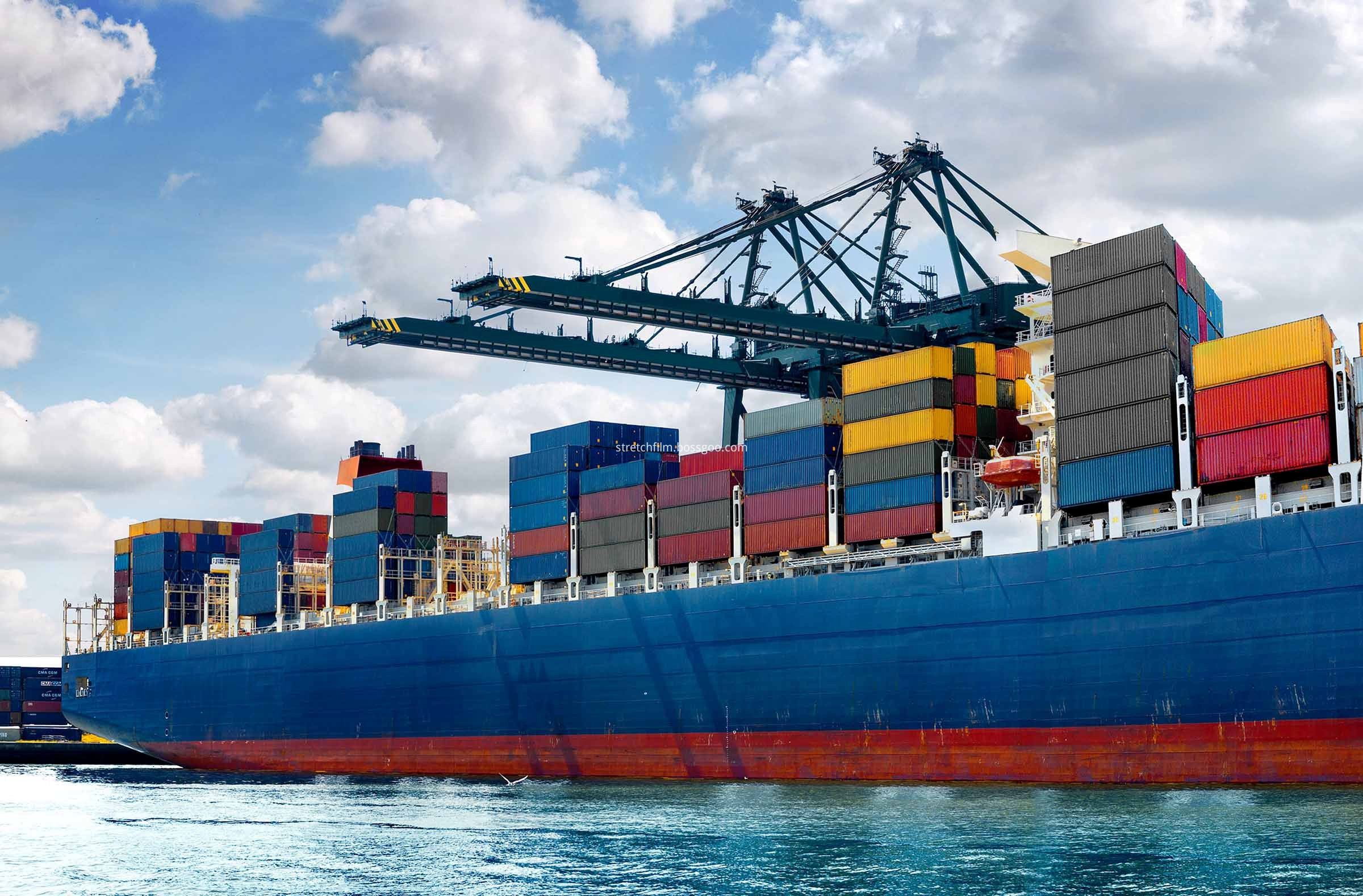 internation-shipping-ocean-freight