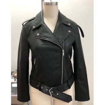 Женская черная мото куртка из искусственной кожи