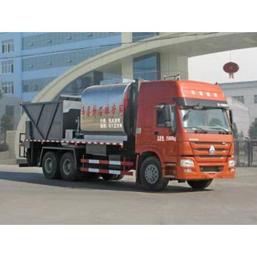 SINOTRUCK HOWO 6X4 Synchronous Chip Sealer Truck