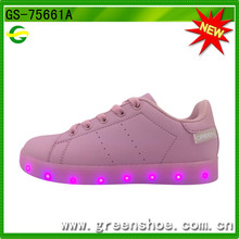LED Light Sneaker mit RoHS-Zertifikat