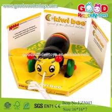 New Design Bee Model Mini Car, brinquedo de carro de cor amarela para crianças