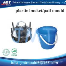 2015 new design ergonomics new designer plastic bucket mould