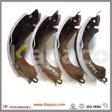 Kapaco Heißer Verkauf hinten Parkbremse Schuh für Mitsubishi OEM MZ981184 MB534596