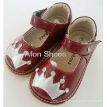 Baby Rhinestone Red Crown Squeaky Schuhe (D-185)
