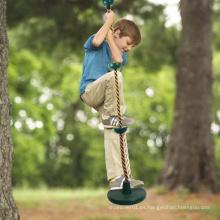 Columpio de cuerda de escalada para niños al aire libre con plataforma