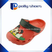 Atacado plástico jardim calçado vermelho EVA tamancos para crianças