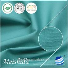 21 * 21/100 * 50 Baumwollgewebe im Stoffmaterial weiblich trägt
