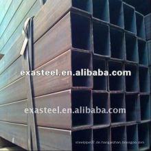 Langer schwarzer Stahl Vierkantrohr / Rohr