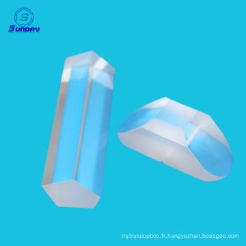 Différents types de prisme et prisme pôle et prisme optique coin