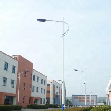 customized 3-12m galvanized steel stadium street light poles with wholesale price