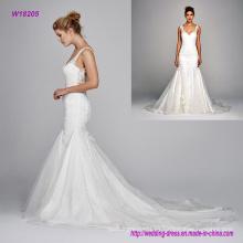 Vestido de novia de seda con cuello en V y bordado