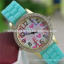 2015 High quality love heart diamond dial silicone wristband watch