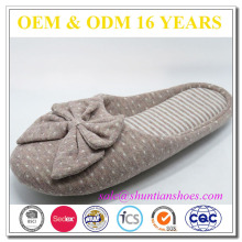 Trendy safety indoor comfortable woman slippers